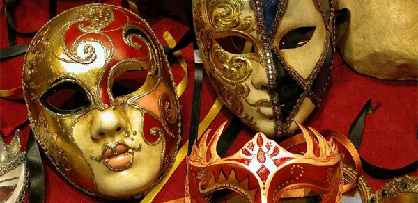 Oslikavanje venecijanskih maski