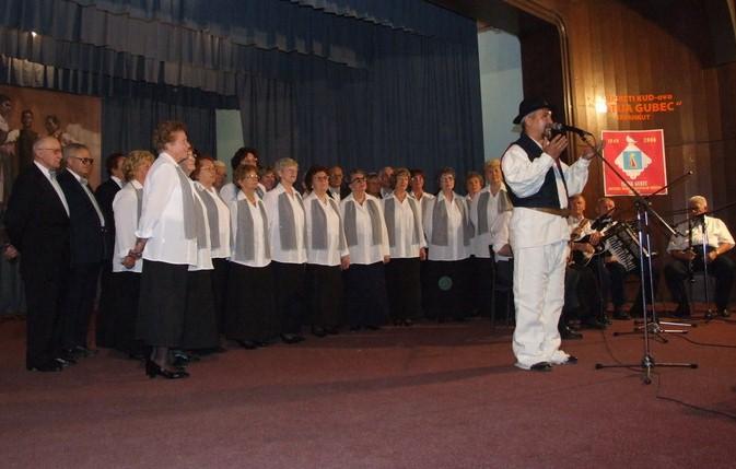 ZAGREBU NA DAR – Glazbeno putovanje Lijepom našom!