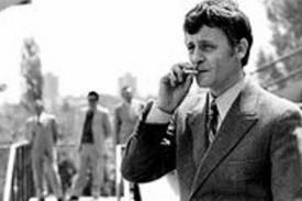 """Zvonimir Črnko u prizoru serije """"Sumorna jesen"""" scenarista Ivana Šibla i redatelja Zvonimira Bajsića, 1971. godina"""