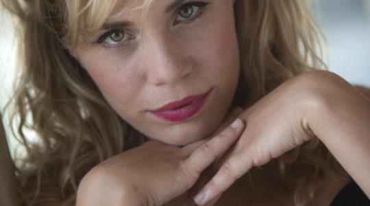 SREDNJOŠKOLCI ZBOR: 7. 10. / 20:00 Dramski studio TNT / voditeljica Marija Kolb