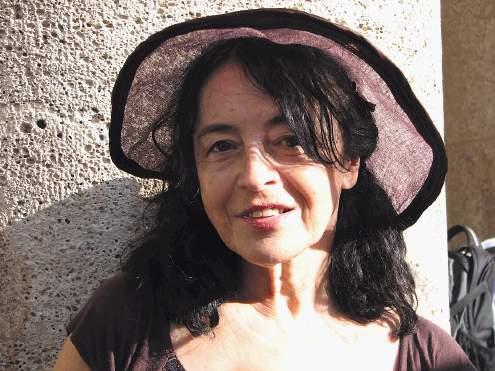 Kruna Tarle, likovna, plesna i dramska umjetnica