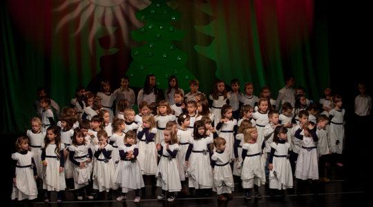 Božićni koncert Dječjeg zbora BAJKA