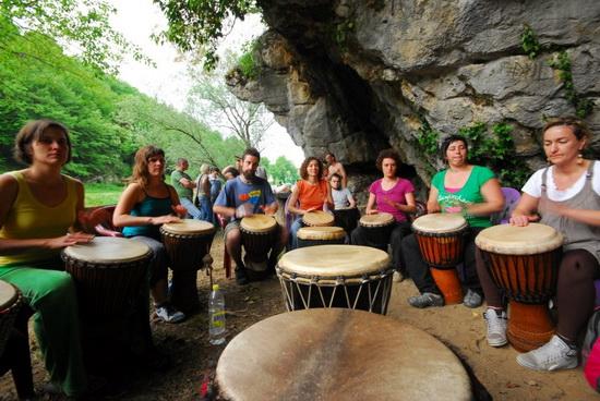 Afrički bubnjari Ken-ke-den-ke