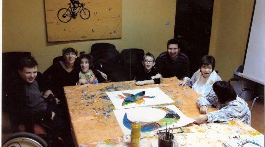 VESELI ATELJE, likovna radionica za djecu sa cerebralnom paralizom